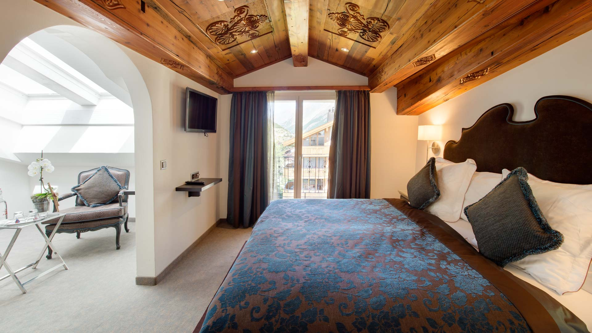 07_schlosshotel-zermatt-boutique-junior-suite.jpg