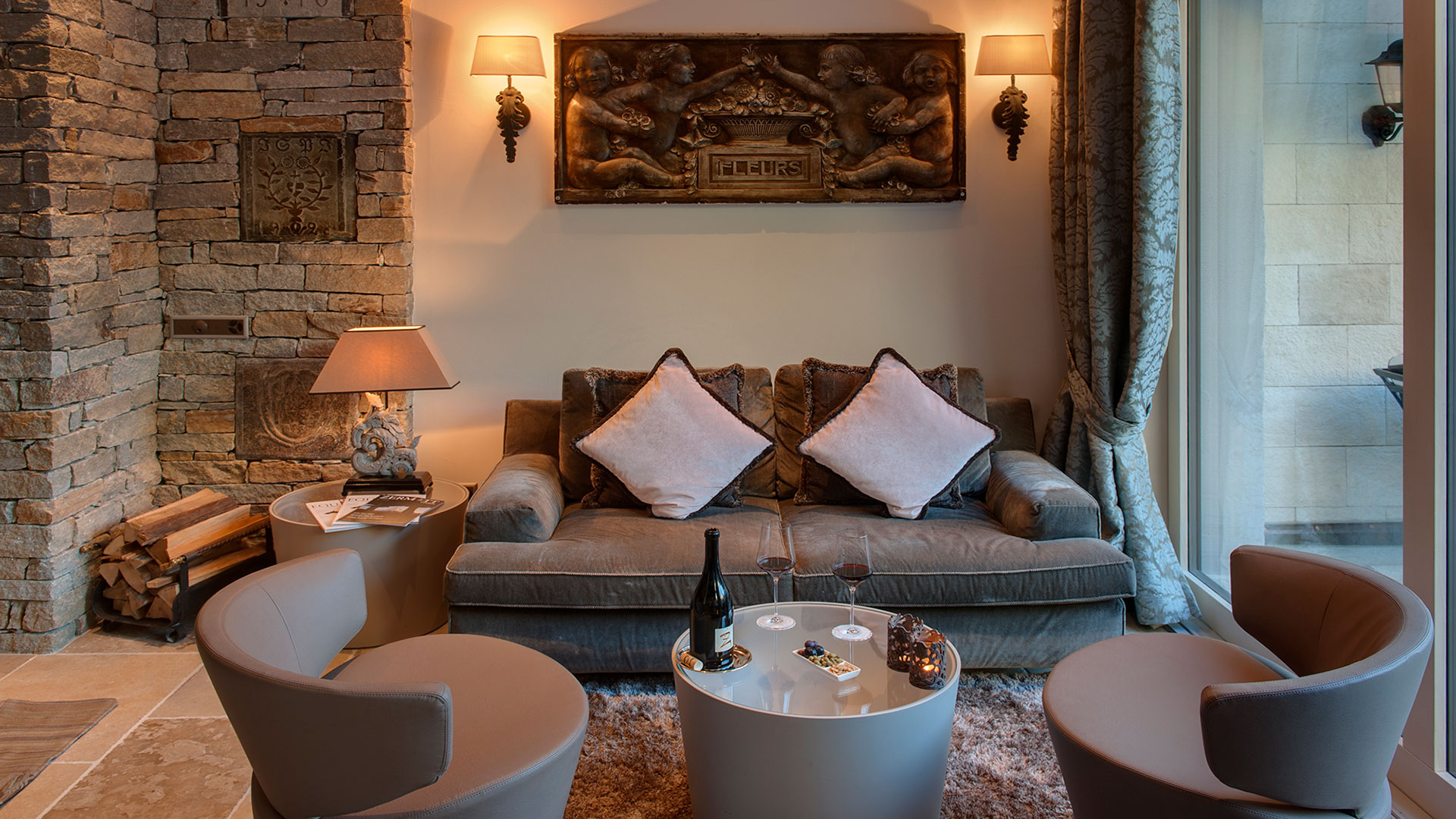 05_luxury-4-star-boutique-hotel-zermatt_lounge.jpg